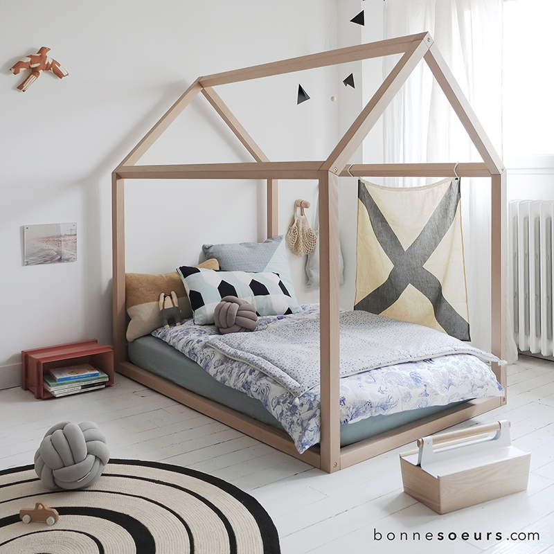 bonnesoeurs-lit-maison-house-bed