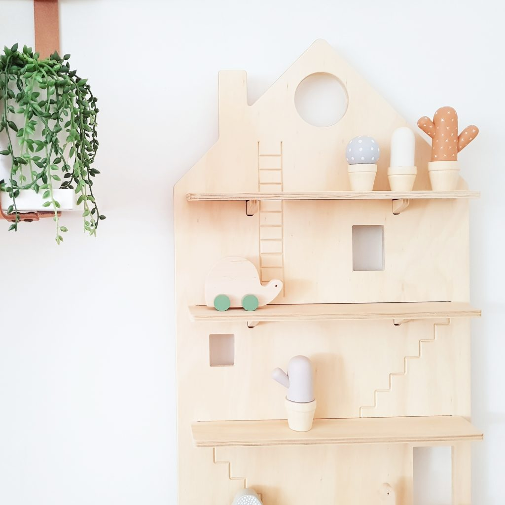 Decorate your Playhouse Treasure Board with all your little knick knacks