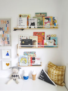 Books help to add a pop of colour in your kid's bedroom.